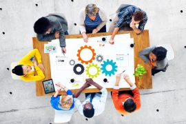 Product life cycle management: Effects on sales&marketing